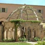 Hérault fontaine cloitre Abbaye de Valmagne| proche Gite La Salsepareille
