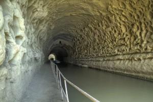 Hérault Nissan vue du Tunnel Malpas proche Gite La Salsepareille