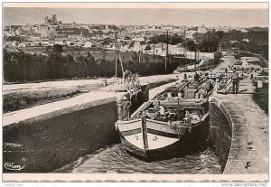 Postcard Canal du Midi Fonséranes near cottage La Salsepareille