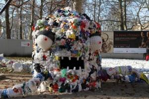 Monstre en plastique