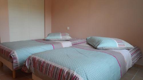 Gite Hérault proche Pézenas Chambre 3 confortable