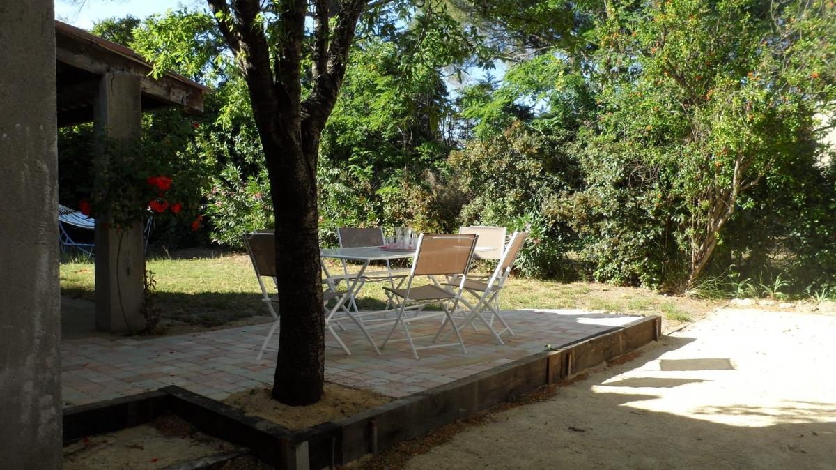 Gite Hérault proche Pézenas terrasse