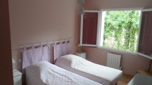 holiday house languedoc pink bedroom